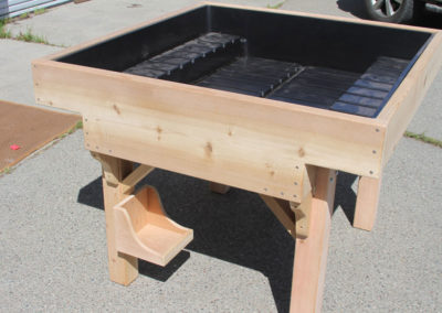 Red Cedar with Patented Grow/Drainage Tray
